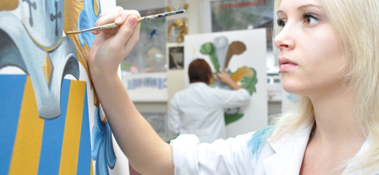 fachschule_kunsthandwerk-schnitzschule_maler_vergolder_schriftdesigner_4